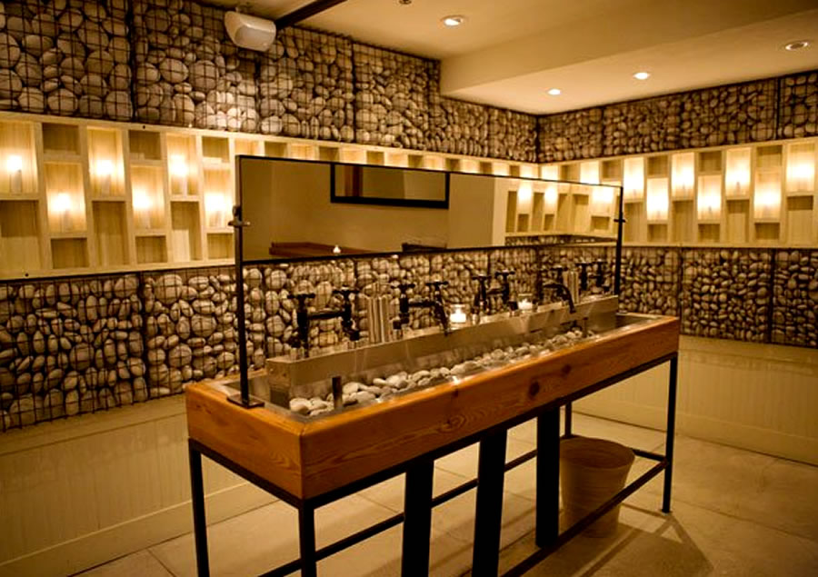 Public restrooms you can 39 t wait to visit james caccia for Bathroom design restaurant