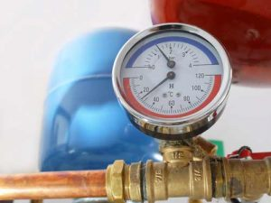 checking-water-heater-temperature